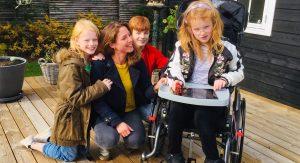 Ifølge Monica Lylloff er det en kamp af få hjælp, når man har børn med særlige behov.
